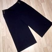 Чёрные брюки кюлоты от Marks&Spencer