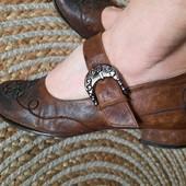Туфли на низком ходу,полностью натуральные. 23,5-24см