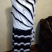 Шикарное платье 2xl размера по бирке,идет больше.