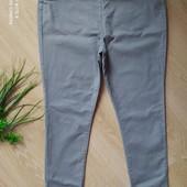 Очень классные джинсы стрейч на резинке не ношены р-р 18
