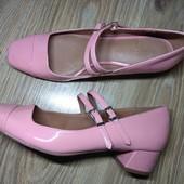 Next.Шикарные, Мери Джейн. новые. туфли очень нежного цвета 25 см