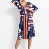 Великолепное, фирменное, качественное платье. Пр-во Турция. размер 40/42. новое. описание