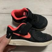 Легкие кроссовки Nike оригинал 23,5 стелька 14,5 см