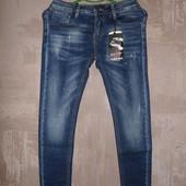 женские джинсы 26,27,28,29,32