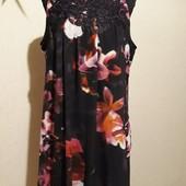 Красивое платье Dorothy Perkins р.18