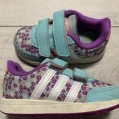 Кроссовки Adidas оригинал 22 размер стелька 14 см