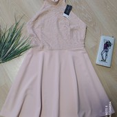 Очень красивое платье р-р 18