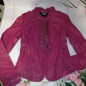Стильная куртка из мягкого кожзама р 42-44