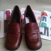Кожаные закрытые туфли Joop