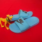 Шлепанцы Nike оригинал 32-33 размер