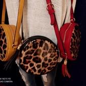 ***Акция- 5 лотов, бесплатная доставка***Отличная яркая сумочка, цвет на выбор., новая.