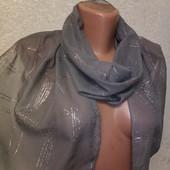 Италия! Шикарный нежный воздушный шарф палантин с серебряным рисунком 145/30 Новый Акция читайте