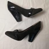 ЛоВиЛоТы! Замшевые туфли на удобном каблуке, стелька 26 см