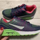 Новые кроссовки Sport 36 размер стелька 22,5 см . Сток !