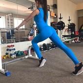 Женские леггинсы для занятий спортом, фитнесом и йогой прекрасного качества. Цвет голубой.