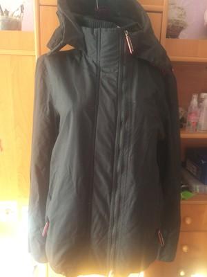 Куртка спортивная с высоким воротником и манжетами. внутри флис, размер XL, Superdry. состояние отли