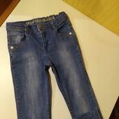 джинсы.