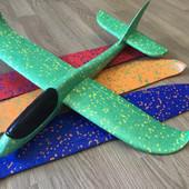 Самолёт метательный в наличие цвета, 48х48см без света, хит продаж!