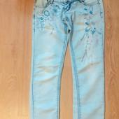 Продам джинсы на девочку или молодую маму
