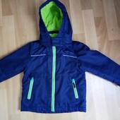 Демисезонная курточка р.98-104