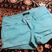 Шикарные джинсовые шорты, мерки в описании.