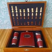 Набор на подарок Охотничья мечта шахматы и фляга | Набор шахматы и фляга 4 стаканчика, лейка |