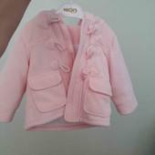 ніжна пальто для дівчинки 6/12 по бірці.буде довше