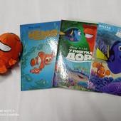 Книги Диснея. 2 в лоте + подарки