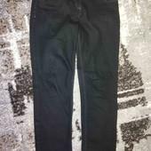 Строгие, плотные, прямые, черные джинсы. мка