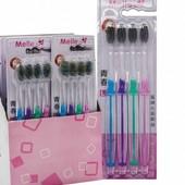 Набор зубных щеток с цветными щетинками из 4-х штук