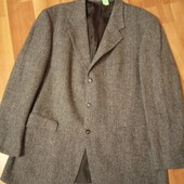 Новий теплий фірменний піджак, 10% знижка на УП