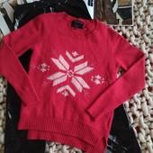 Яркий шерстяной свитер 70%шерсть