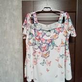 Фирменная новая красивая блуза с открытыми плечами р.20-24