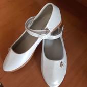 новые туфельки 35 размер