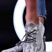 Стильные кроссовки Unisex