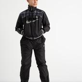 Классный спортивный костюм. Подросток