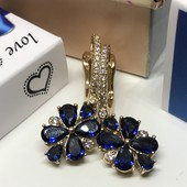Не пропустите!!Роскошные серьги с красивыми синими цирконами,585пробы,высота серьги 3.2см на 12мм