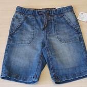 Джинсові шорти, розмір 104 та 110 вживу трохи темніші, бренд c@a