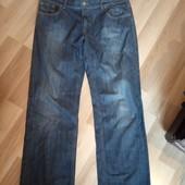 Фірменні джинси темно синього кольору в ідеальному стані, 10% знижка на УП