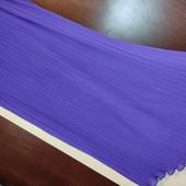 Фиолетовая юбка из плиссированного шифона.