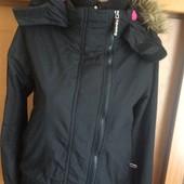 Куртка спортивная с высоким воротником и манжетами. внутри флис, р. S, Superdry. состояние хорошее