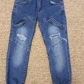 Модные джинсы 5-6лет не пожалеете