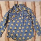 Джинсовая рубашка в миньонах, подойдет на хс или с