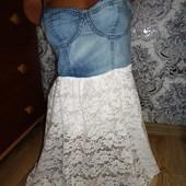 Изумительный джинсовый сарафан с гипюром.Tezenis. Размер XS