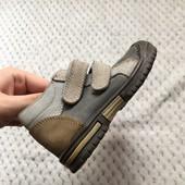 Качественные кожаные ботинки , 22 р