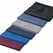 спортивное полотенце от Crivit. Микрофибра. Цвет на фото 3
