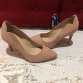 Туфлі із натуральної замші,від Minelli,розмір 41