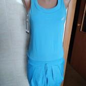 Женское платье Adidas с карманами, размер S.