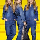 Крутой джинсевый комбинезон.размер 38