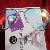 Красивые солнцезащитные очки авиаторы Mannina с прозрачной линзой.